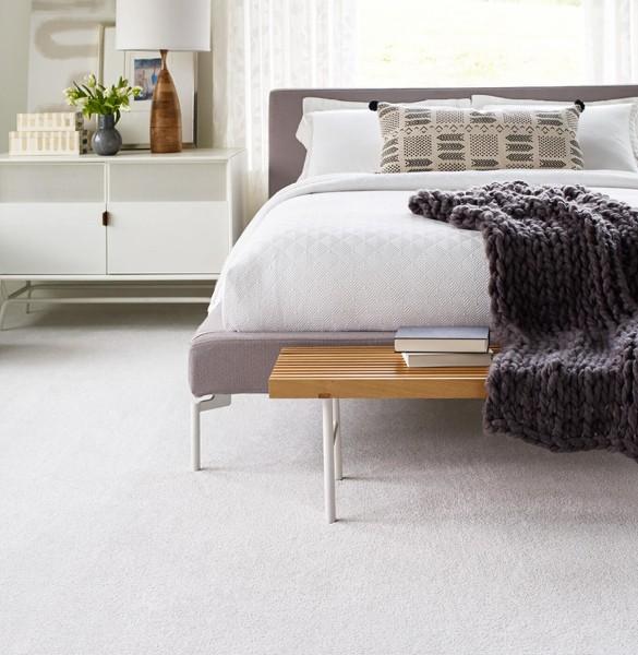 White carpet in bedroom | Speers Road Broadloom