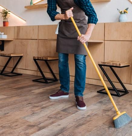 Hardwood floor cleaning | Speers Road Broadloom
