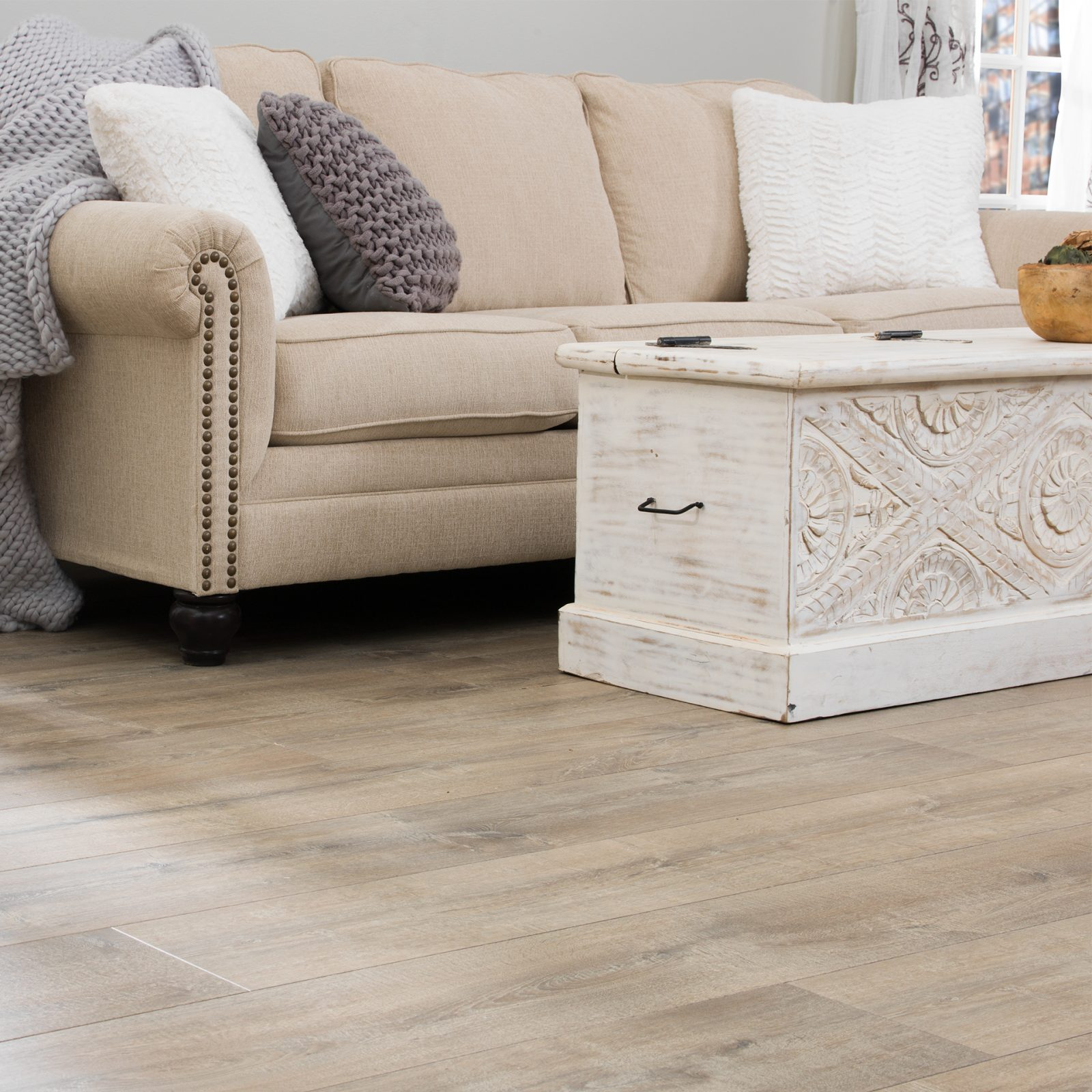 Living room laminate flooring | Speers Road Broadloom