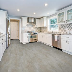 Kitchen Laminate flooring | Speers Road Broadloom